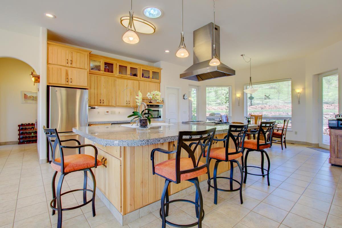 A Kitchen Island 3020 Stone Canyon Dr Longmont-large-029-29-Stone Canyon